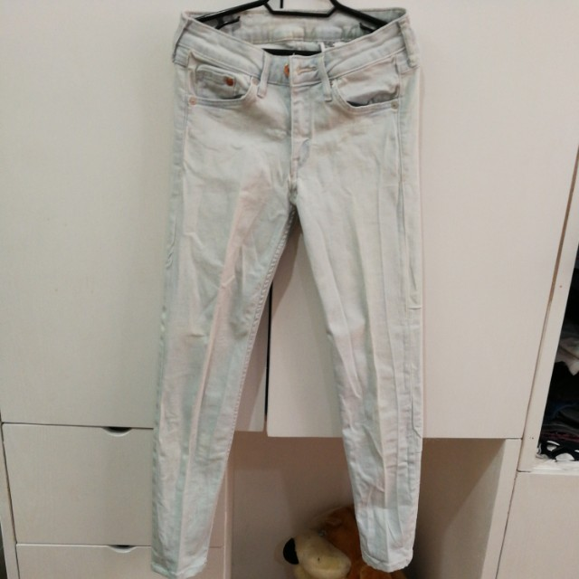 SALE! H&M light denim jeans