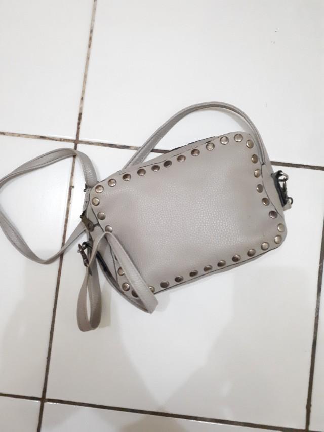 Naughty Sling Bag Grey