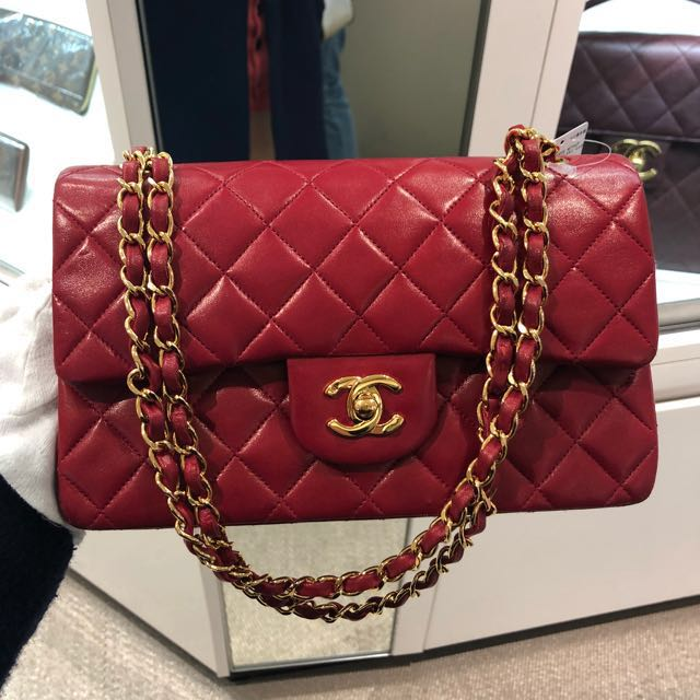 ed5631a24811 NOW IN JAPAN  Authentic chanel Red Lambskin diamond quilted Classic ...
