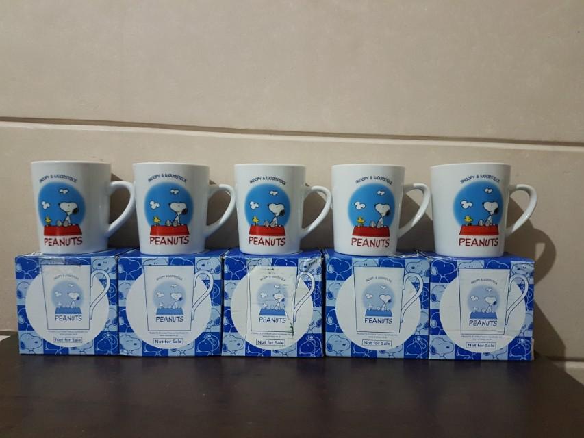 Original Snoopy Mugs