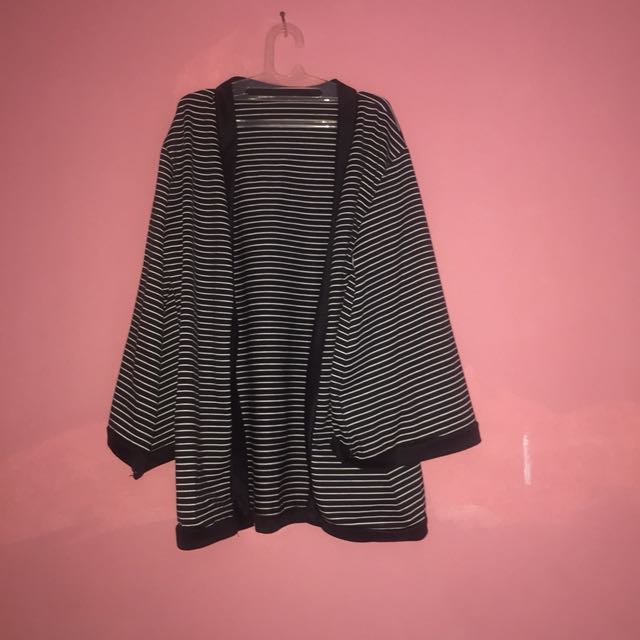 OUTER STRIPE