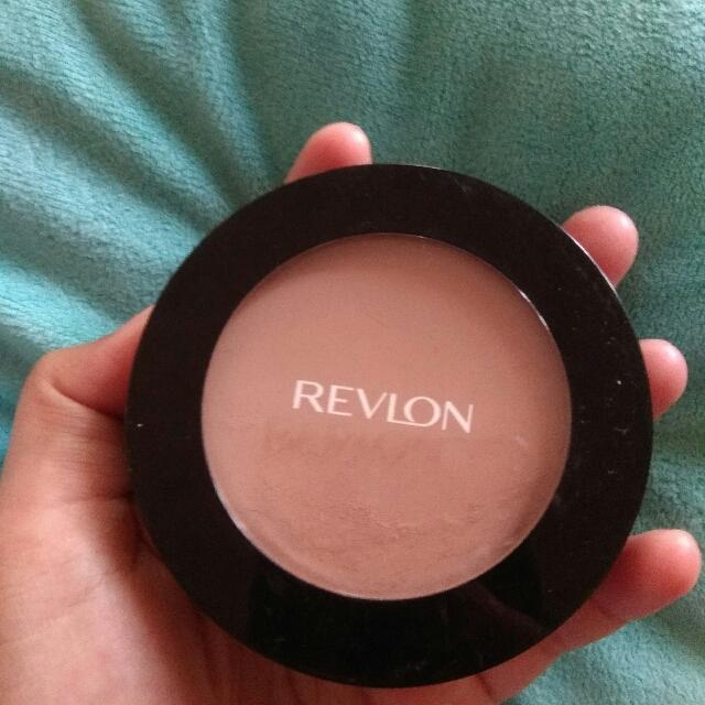 Revlon Powdery Foundation