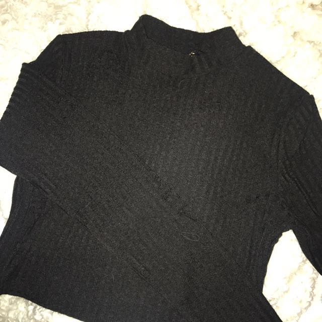 Ripped crop sweater