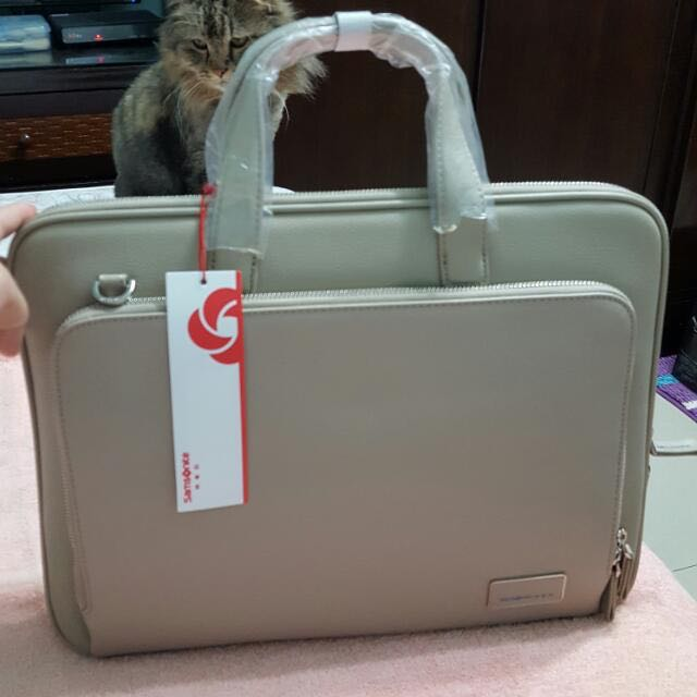 Samsonite RED新秀麗公事包
