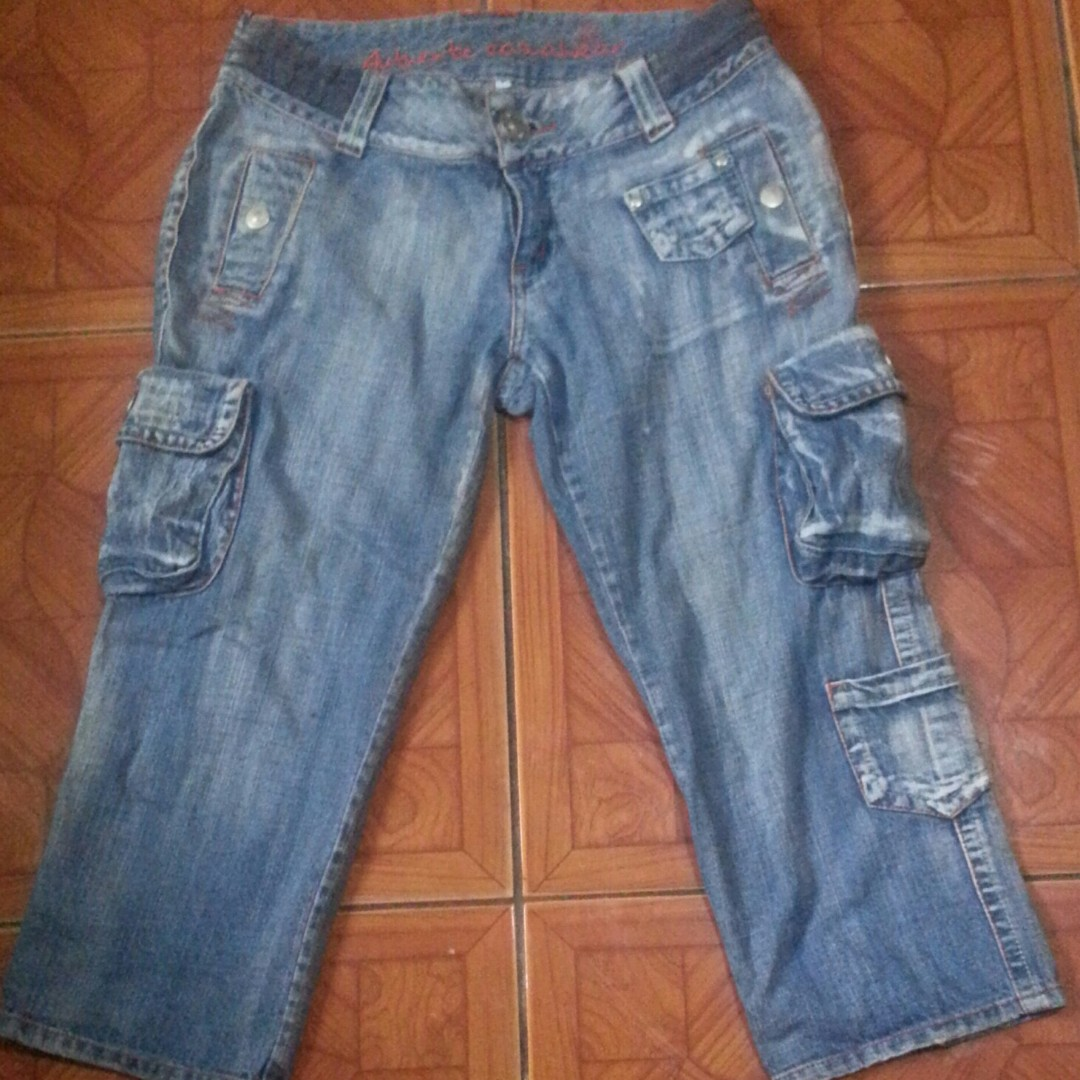 Tokong Jeans