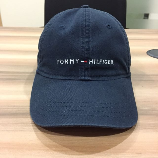 cheaper f6acf 81bbf Tommy Hilfiger Logo Dad Hat, Men s Fashion, Accessories on Carousell