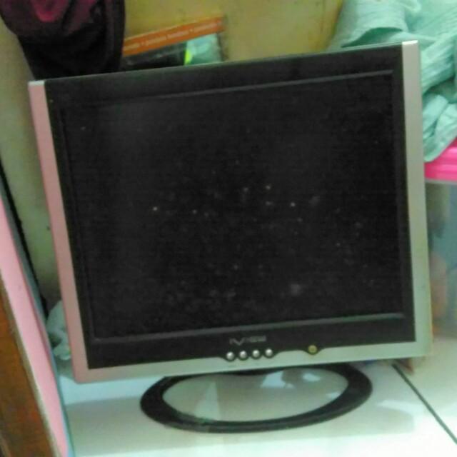 Tv LCD untuk komputer