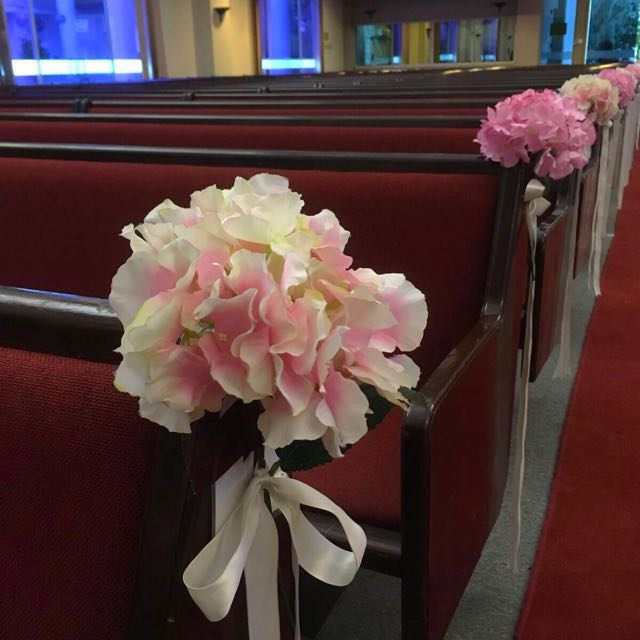 Wedding flowers for pews church chairs deco on carousell photo photo junglespirit Images