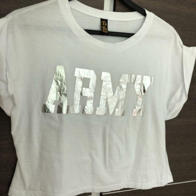 0e7fb488eaa81 White ARMY print cropped top