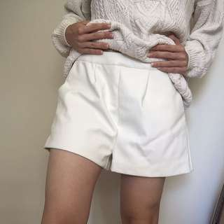 Supre white pleather shorts