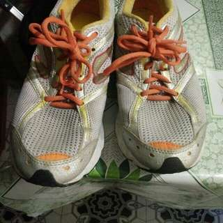 newton shoes rush for sale