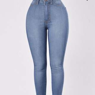 Fashion nova: classic high waist skinny jeans in medium blue  size 11
