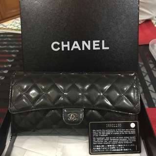 100% new and real!! 罕見Chanel clutch bag