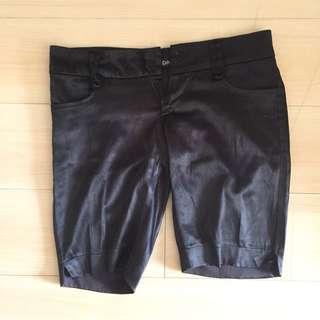 Sleek Celana Pendek / Satin Shortpants
