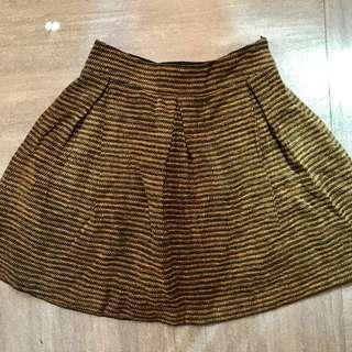 Women skirt size S winter