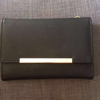Colette black clutch
