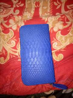 Sale dompet kulit ular asli , kondisi 99% mulus.. Jual rugi aja.