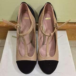 復古款高跟鞋 Vintage Heels