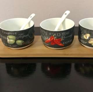 Signature collection porcelain Appetizer bowels from Bowering