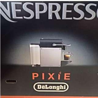 Nespresso Pixie + Nespresso Aeroccino