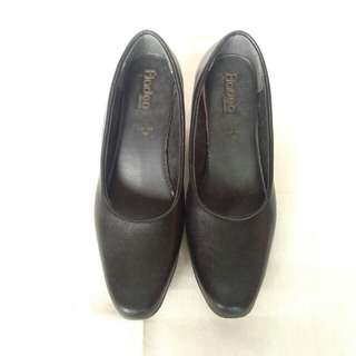 Black Leather Pantopel Shoes