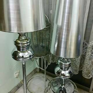 Chrome Silver Metal Stand Lamp/ table lamp