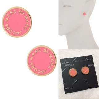 💚現貨💚Marc by Marc Jacobs Classic Enamel Logo Disc studs classic enamel disc Stud earrings pink with gold tone 粉紅金色 耳環