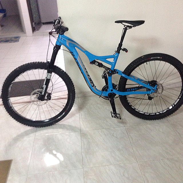 6f76edf9042 Specialized, Medium Size 2015 650b STUMPJUMPER FSR COMP EVO, Bicycles &  PMDs, Bicycles on Carousell