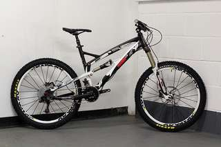 YT Industries Wicked MTB (2013)
