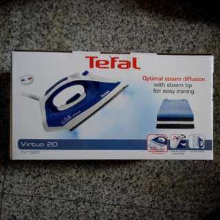 Brand New Tefal Steam Iron FV1320