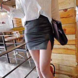 實拍 轉賣 高腰包臀開衩皮裙 皮褲裙 開衩 歐美 隱形拉鍊 短裙 皮裙 膝上靴 必備 ZARA H&M scrappy