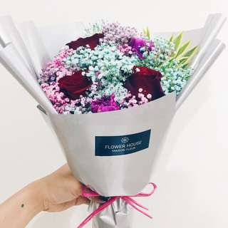 3s rose baby's breath bouquet