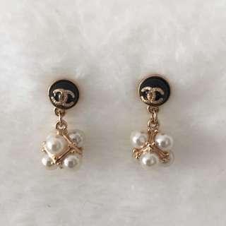 Chanel Logo Earrings [#A9]