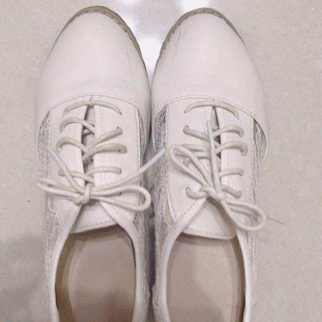 🎀純白色蕾絲公主風粗根牛津鞋