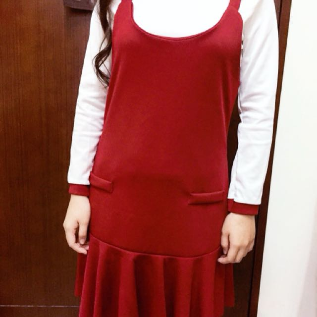 全新試穿酒鮮紅洋裝
