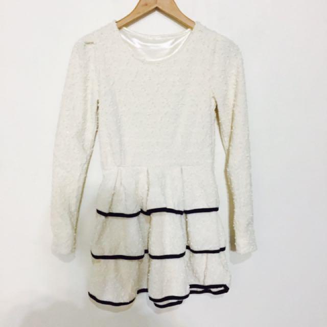 白色蛋糕裙洋裝