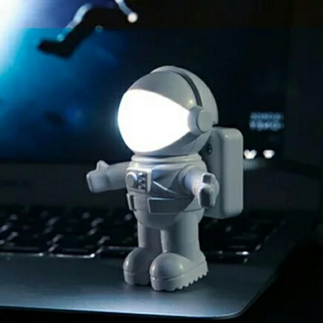 全新 太空人小夜燈 閱讀燈 LED燈 UDB燈 鍵盤燈 白色