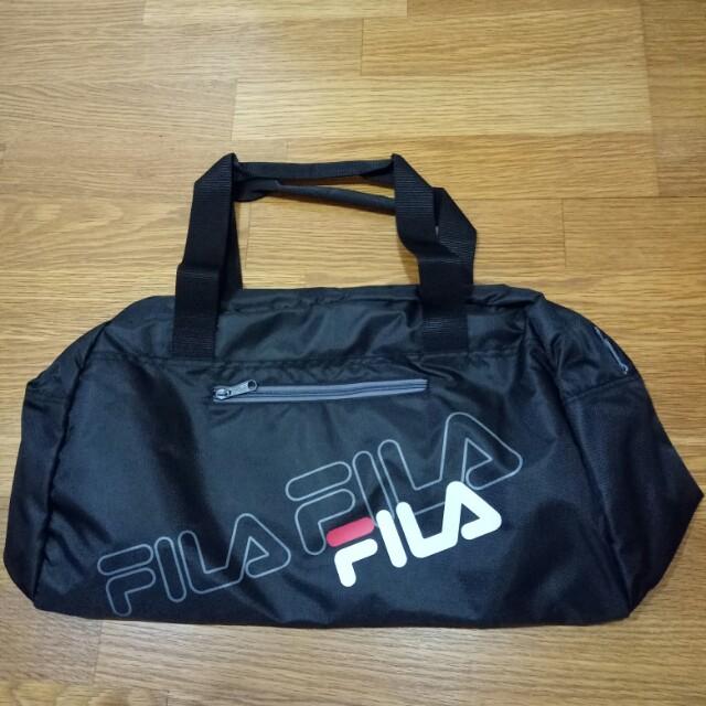 全新正品 FILA 經典logo旅行袋 黑色