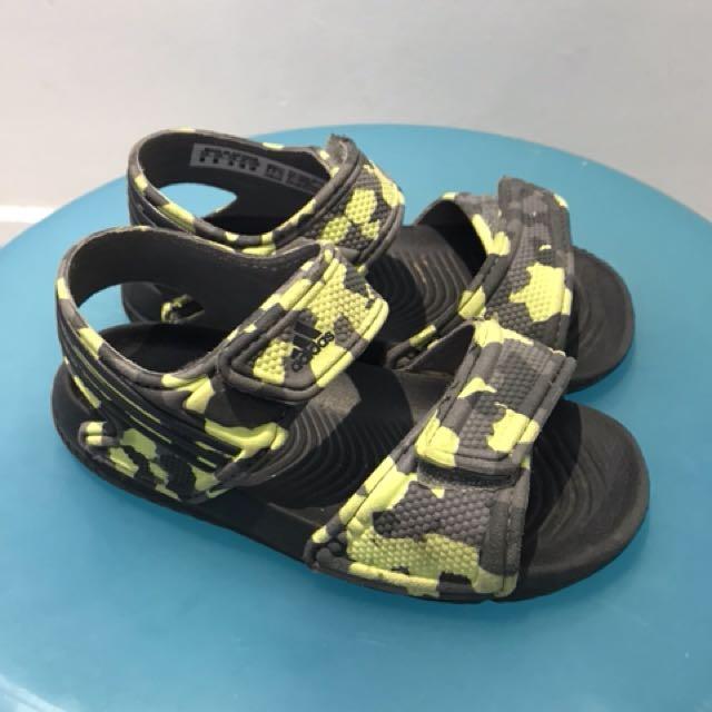 1f59a08762e7f Adidas kids sandal size us 8k, Babies & Kids, Boys' Apparel on Carousell