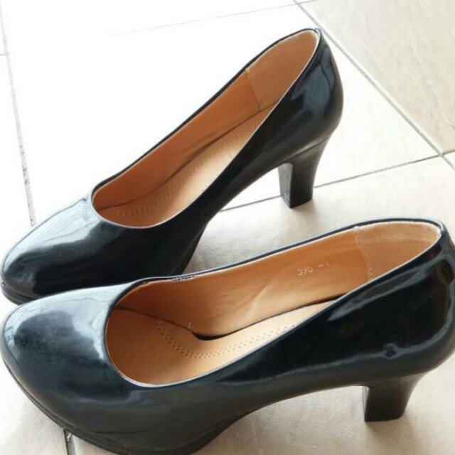 Black High Heels (FREE POSTAGE)
