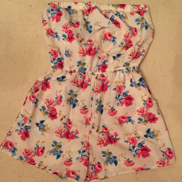 Forever 21 Floral Romper size: small