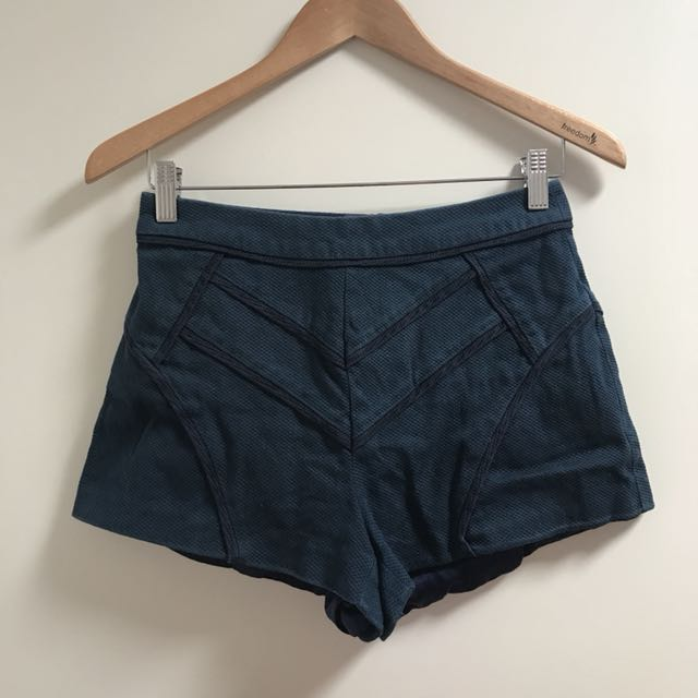 High waisted navy shorts
