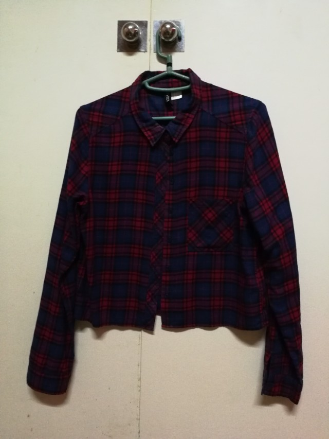 H&M red and blue plaid button down blouse top