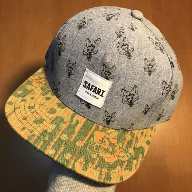 LESS X Mania 皮扣帽