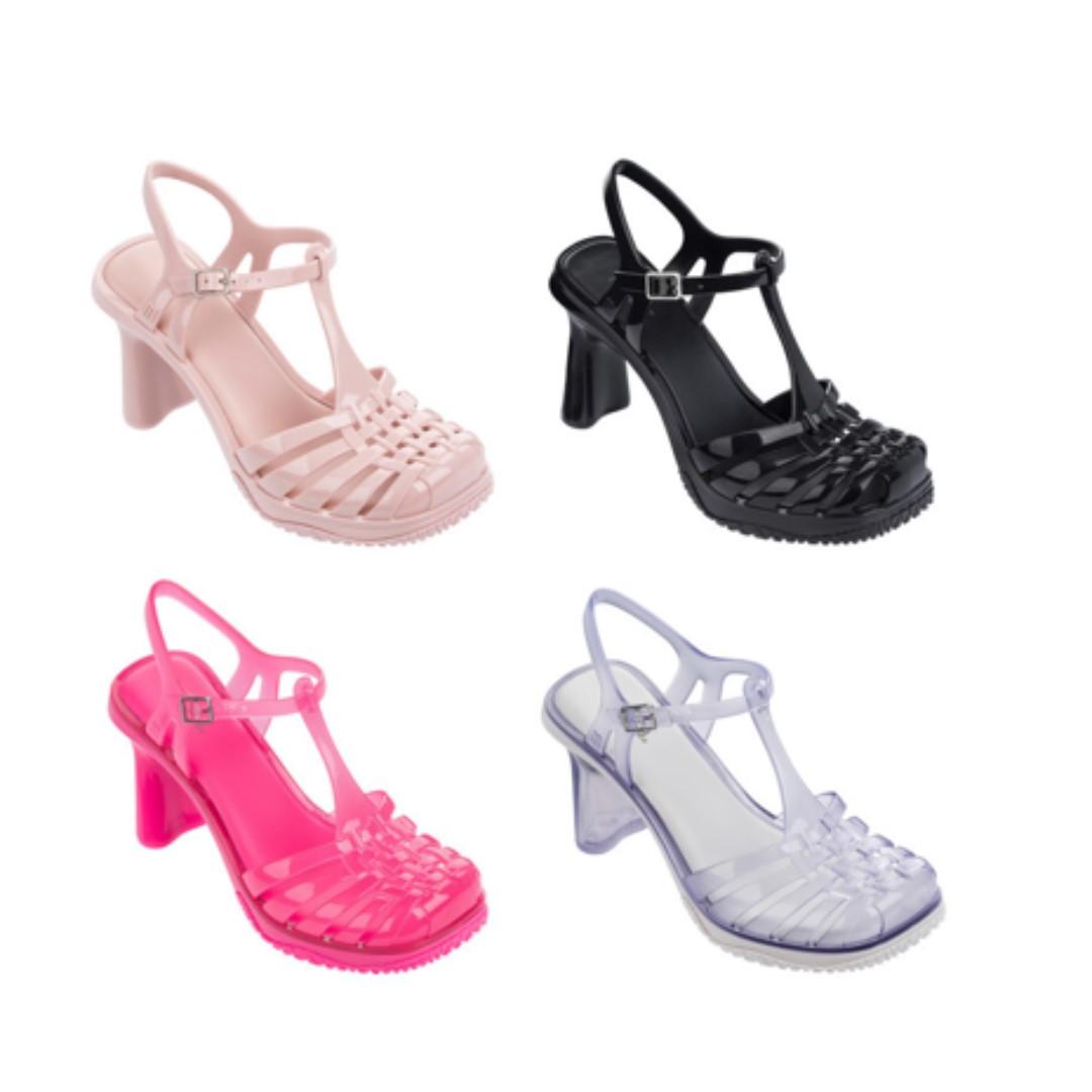 À La Recherche De La Vente En Ligne Chaussures Melissa Renarde Clairance Nicekicks Pas Cher Grand Escompte GsQ7Q