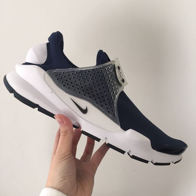 Mens Nike sock Dart in size 11