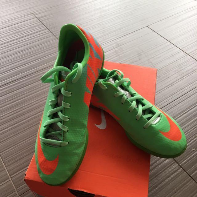 f12f0742892 Nike Futsal Boots Junior