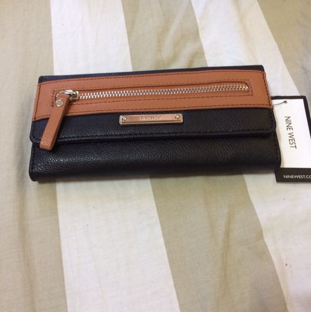 Nine West Wallet BN