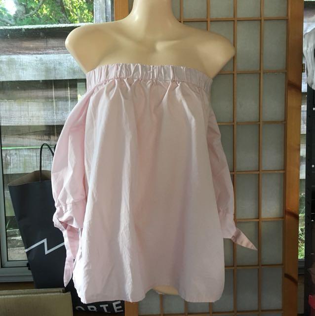 Off shoulder top pale pink