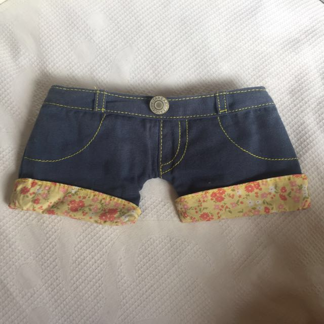 Pencil case denim shorts